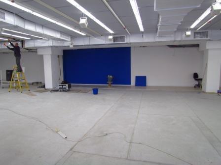 22.12.13 - הקיר הכחול
